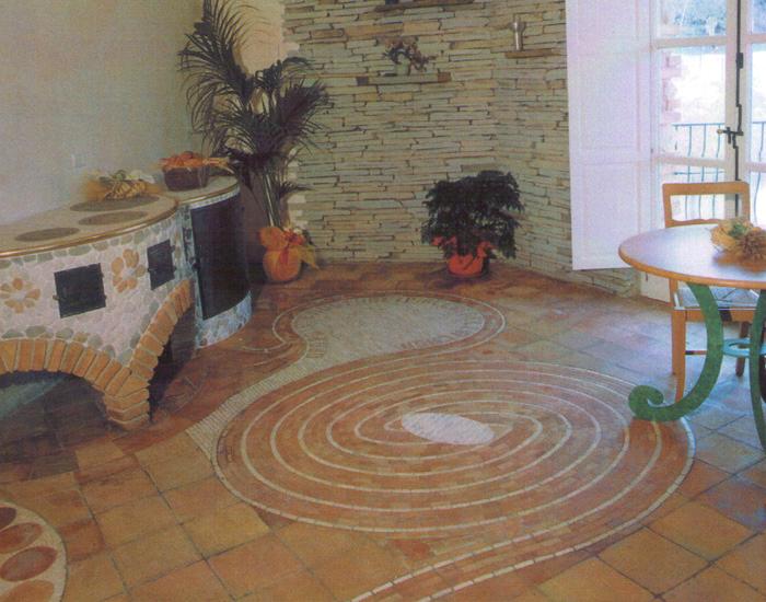 Pavimento interno labirinto il creativo capriccioso for Progettazione di piani di pavimento capannone
